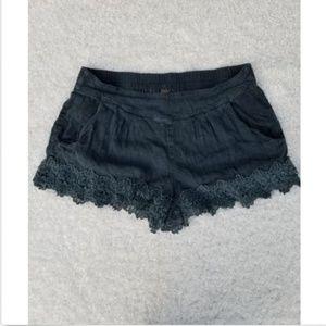 Free People Shorts Floral Lace Trim Soft Denim m
